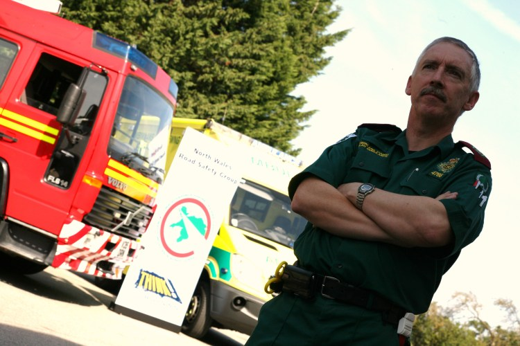 Rhyl Paramedic Dermot O'Leary presents a new road awareness DVD for children.